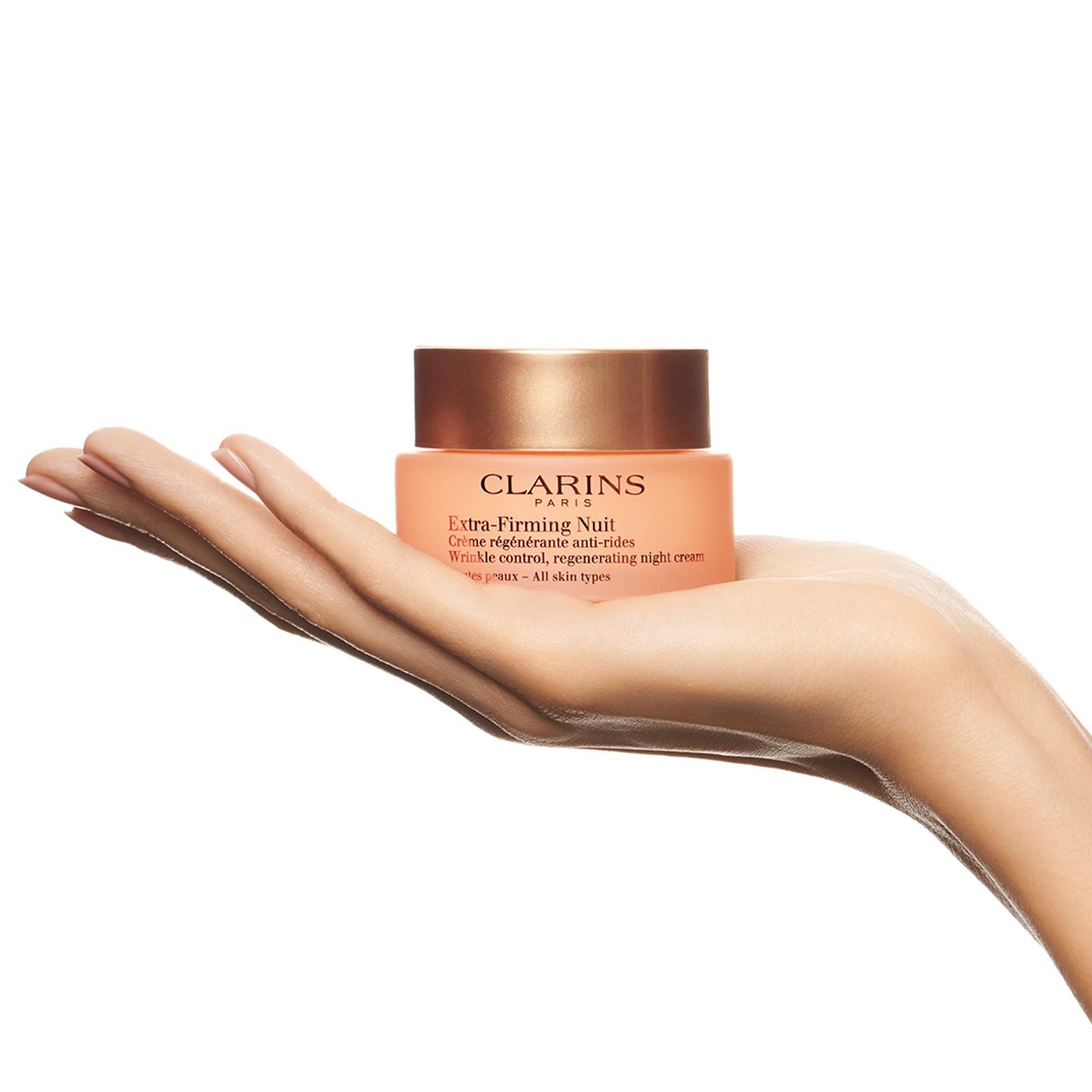Clarins Extra Firming Crema Regenerante Anti-Arrugas Noche TP  para todo tipo de pieles